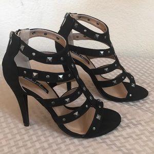 "Size 7 black microfiber Michael Antonio 4"" heels"